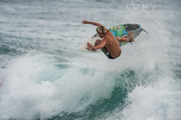 surf, grommet, ripping aerial