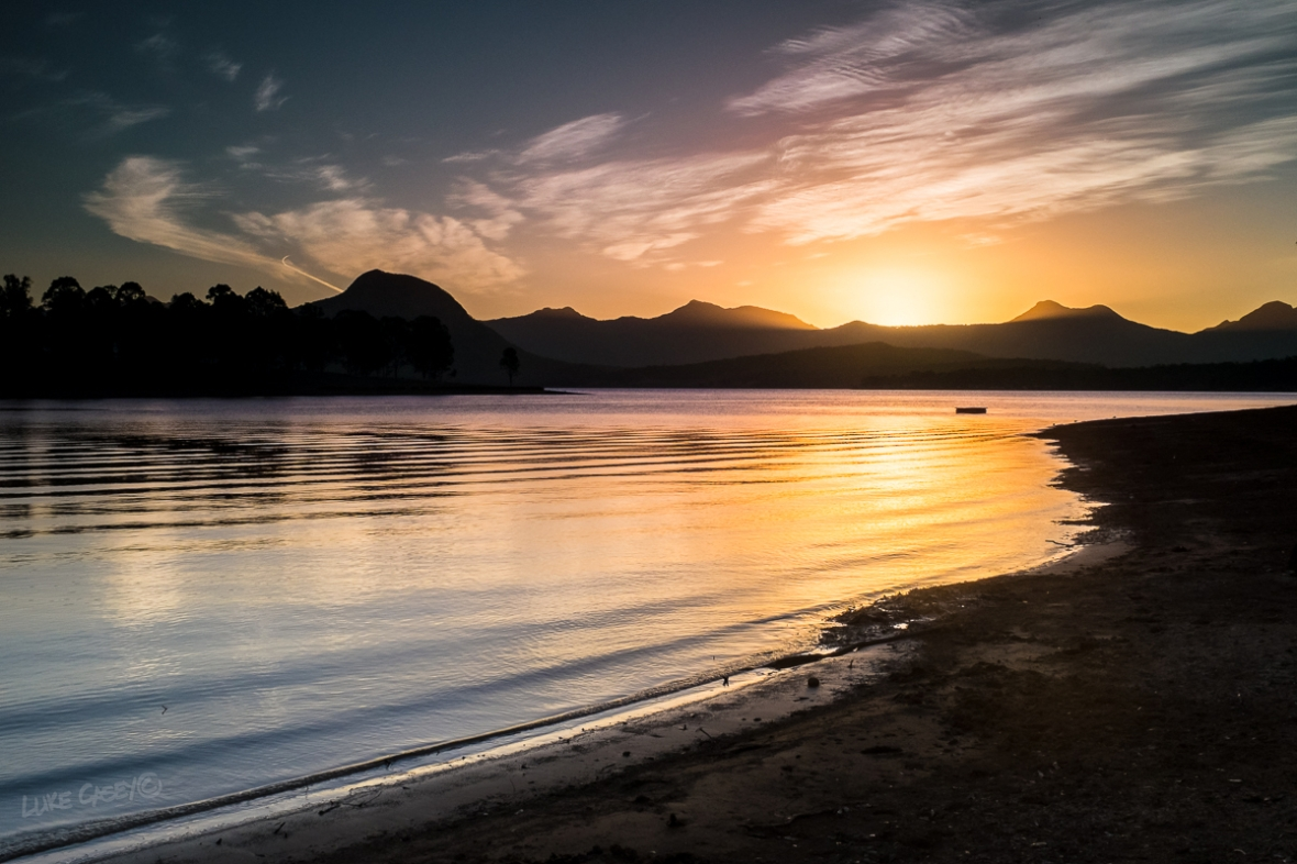 Lake Moogerah sunset lines