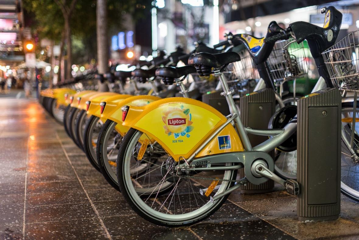 city-bikes-bokeh